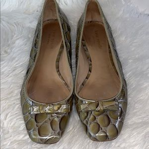 Kate Spade olive green patent flats size 7